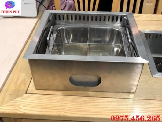 Khung bếp lẩu 4 ngăn âm bàn mặt bằng có hút mùi khói giá rẻ tại Hà Nội
